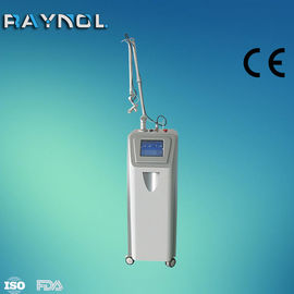 China 40W RF Tube Co2 Fractional Laser Beauty Equipment For Skin Rejuvenation, Scar Removal, Striae Gravidarum Removal supplier
