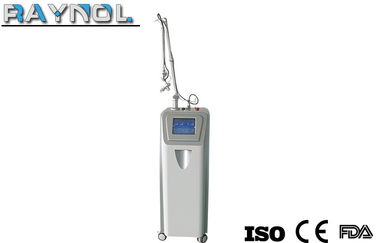 China 40W RF Co2 Fractional Laser Machine , Effective Scar Removal / Skin Rejuvenation Machine factory